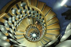Magic Cirlce staircase eCIMG_2656